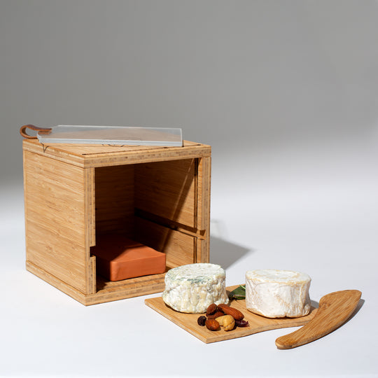 Cheese Grotto Piatto & Wooden Cheese Knife