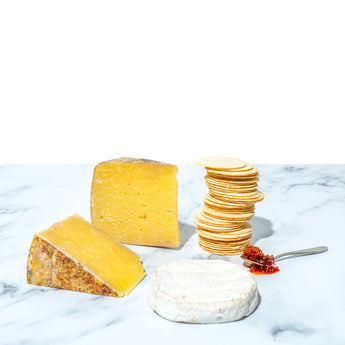 Artisan Cheese, Chutney & Crackers Gift Package