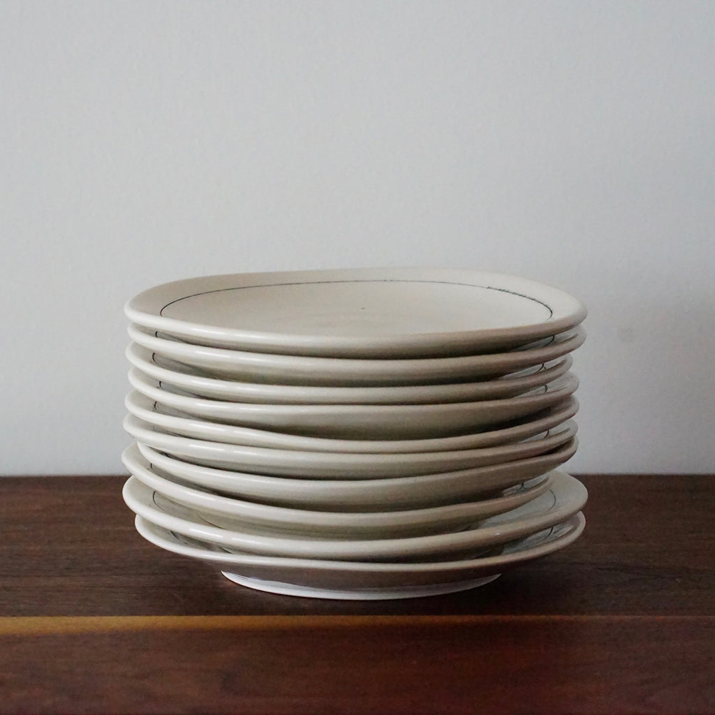 "Gramercy Plates: 5"" B&B with Linea Design"