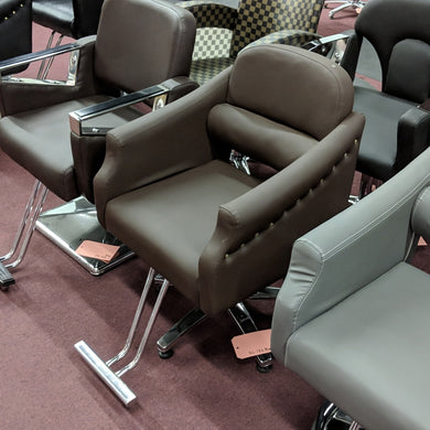 Styling Chair BC-132 Brown