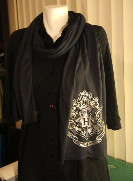 Silver Hogwarts Crest Inspired Women's Super Soft Jersey Scarf in Navy Blue