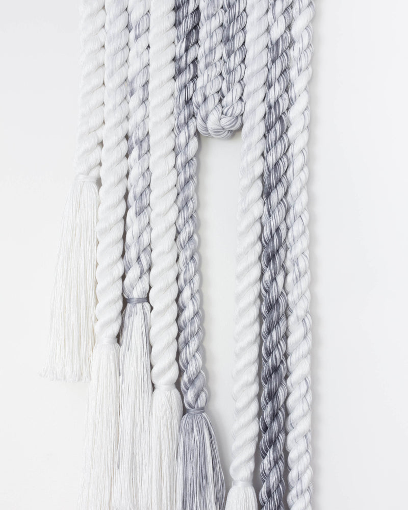 Long Rope Squiggle (Grey)