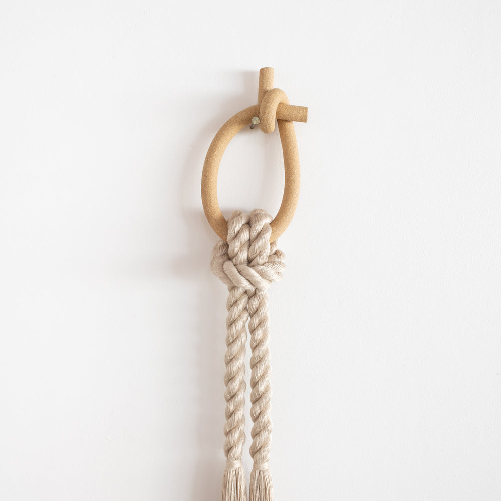 Load image into Gallery viewer, Stoneware Knot Loop (Sand)