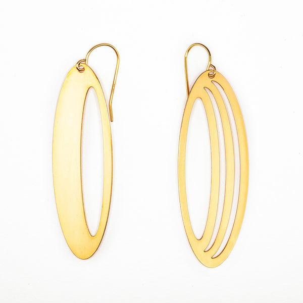 #16 earrings gold