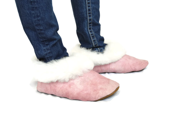 "Handmade ""Pantufla"" style Alpaca fur Pink slippers. Best slippers ever. - Peruvian Accent"