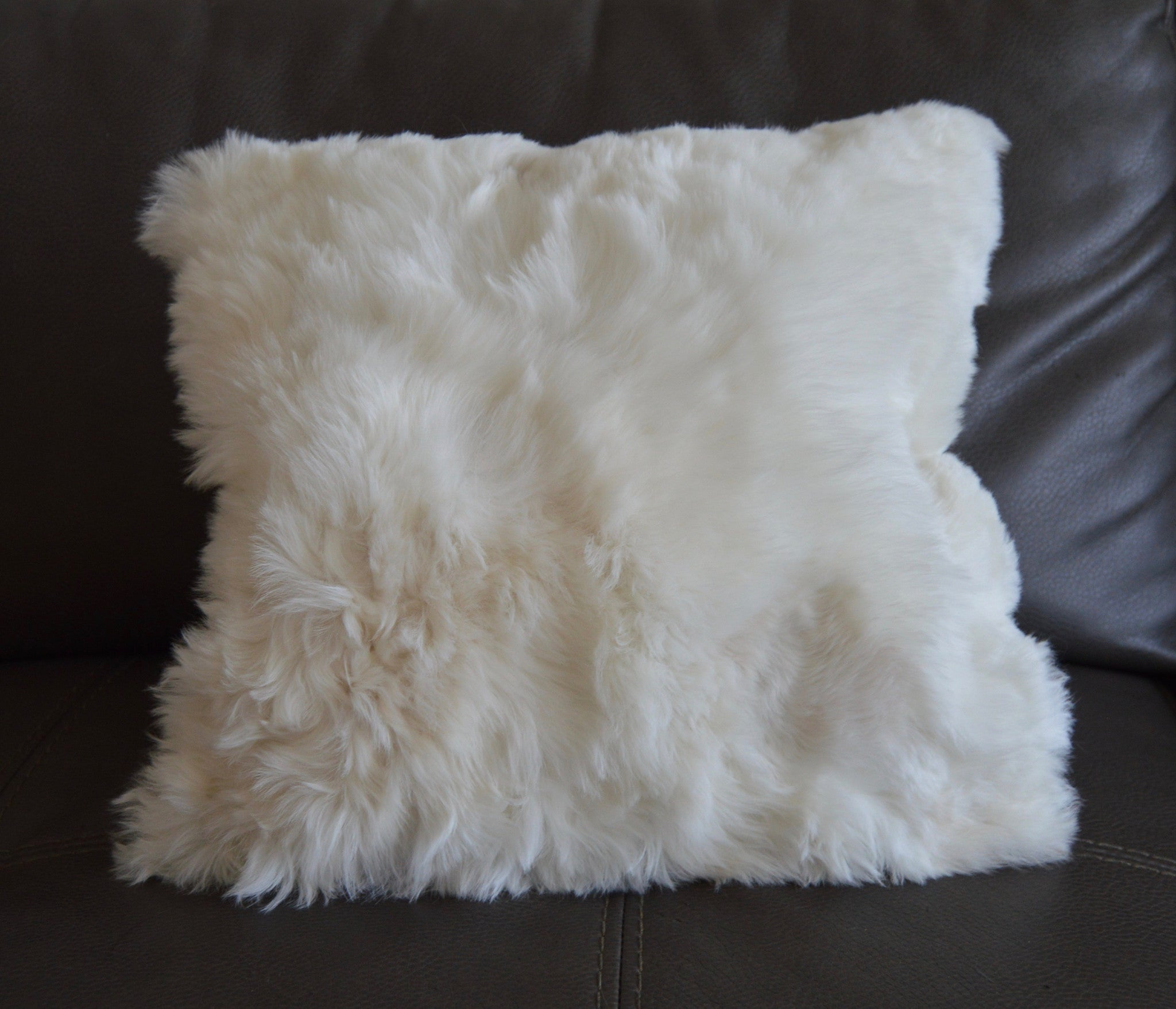 "1 White Premium Baby Alpaca Fur pillow cover.20""x20"". Fur on ONE side, handmade.Free Shipping to USA. - Peruvian Accent"