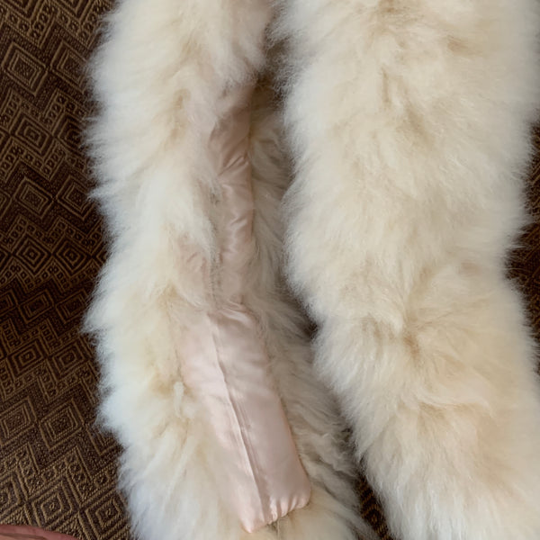 Medium length Alpaca Fur Scarf. - Peruvian Accent