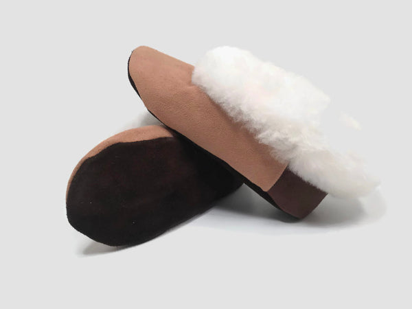 "Handmade ""Pantufla"" style Alpaca fur Beige slippers. Custom made. Free Shipping to USA. - Peruvian Accent"