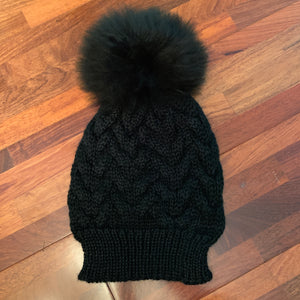 Open image in slideshow, Handmade Alpaca beanie with real fur pompom. - Peruvian Accent