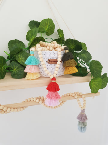 Tripple tassle beaded garland