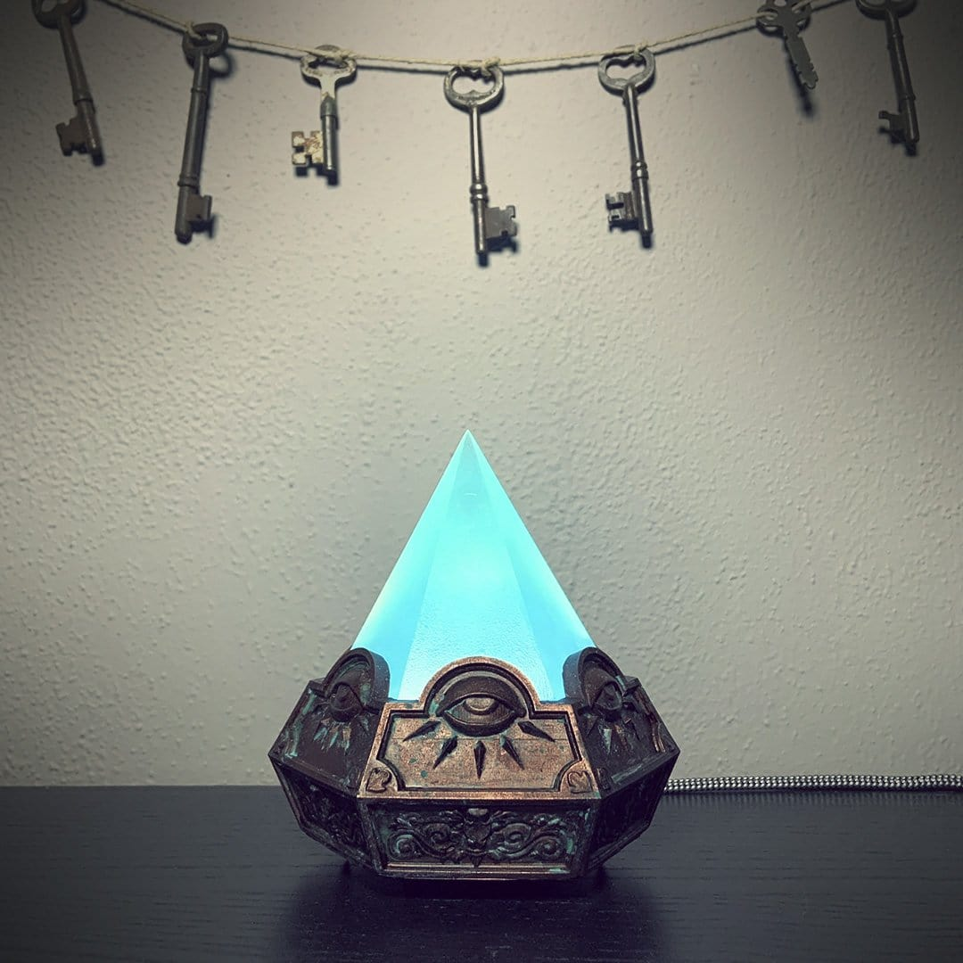Hex Illuminata Lamp