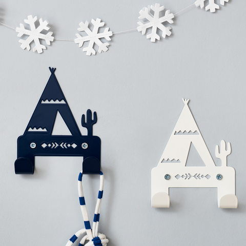 Dark blue and cream couple teepee