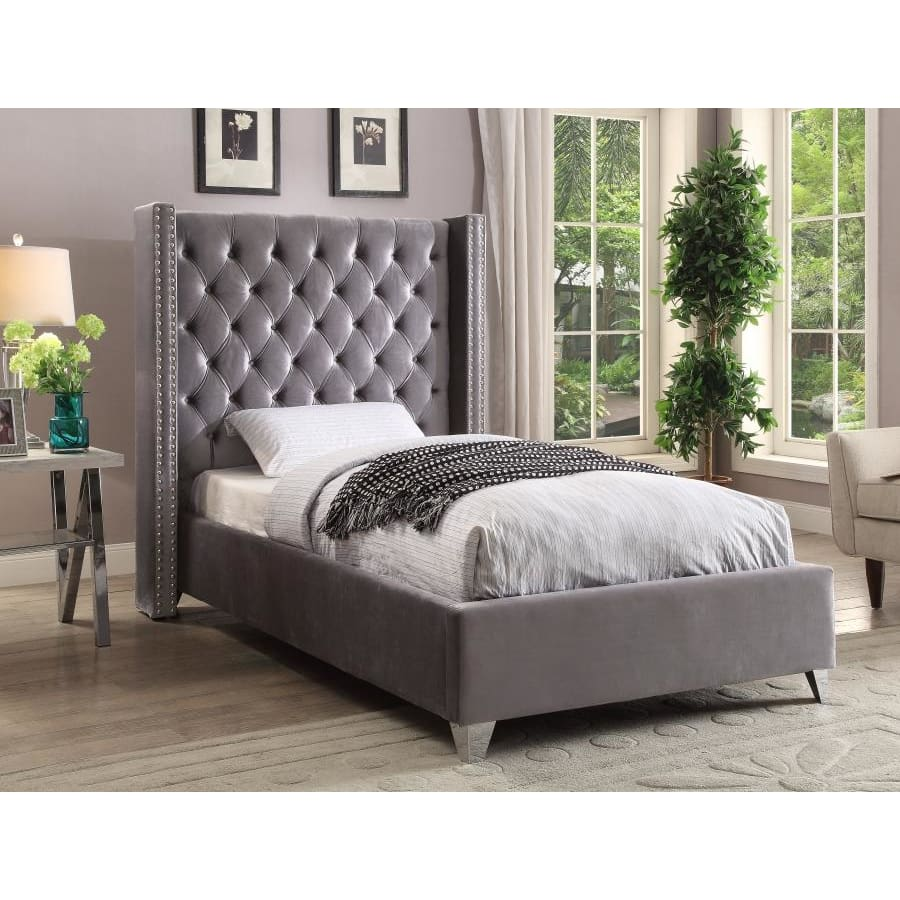 Meridian Furniture Aiden Velvet Twin Bed - Grey - Bedroom Beds