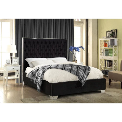 Meridian Furniture Lexi Velvet Full Bed - Black - Bedroom Beds