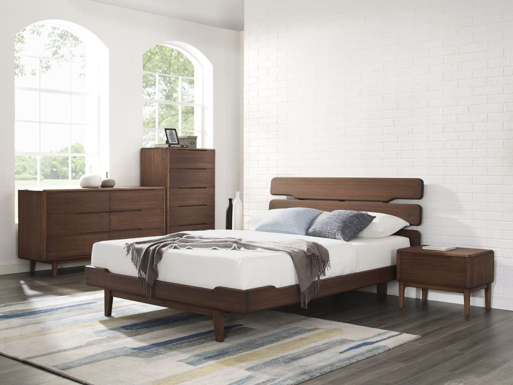 Greenington Currant Queen Platform Bed Oiled Walnut