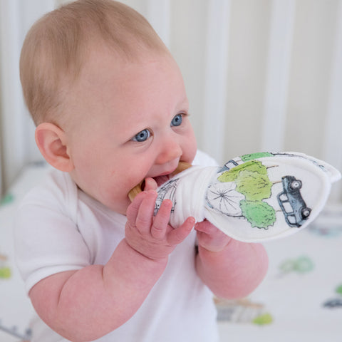London Design natural Wooden Teether