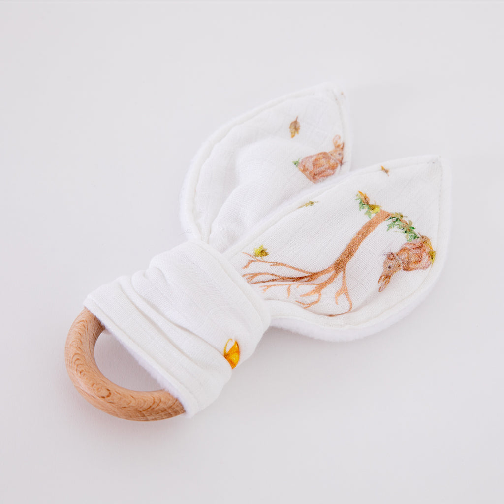 Natural wooden baby teething ring (Rabbit design)