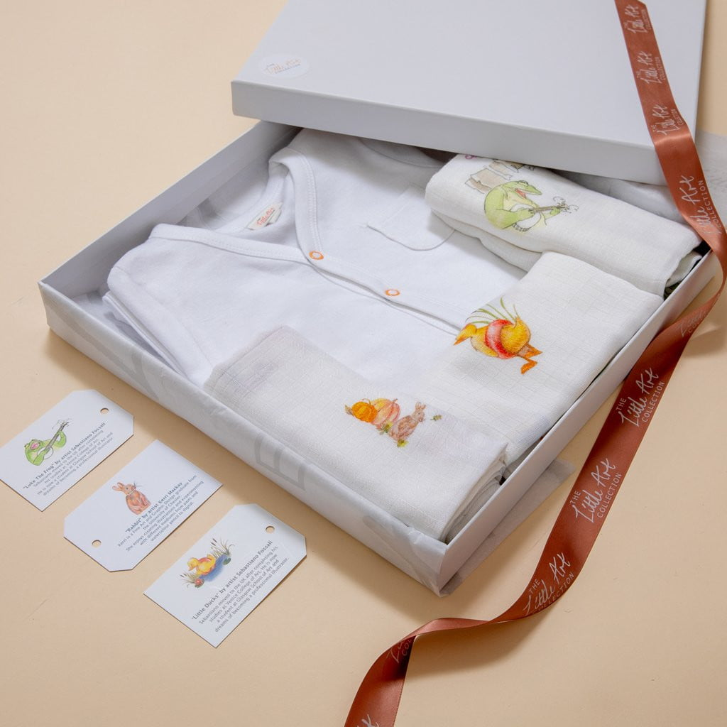 Bamboo Luxury Baby Gifts Set (Classic) - The Little Art Collection