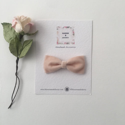 Beige Velvet Pinch Bow || Headband or Clip
