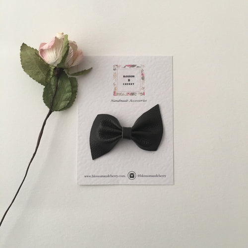 Kate Bow-Genuine leather hair bow || Charcoal