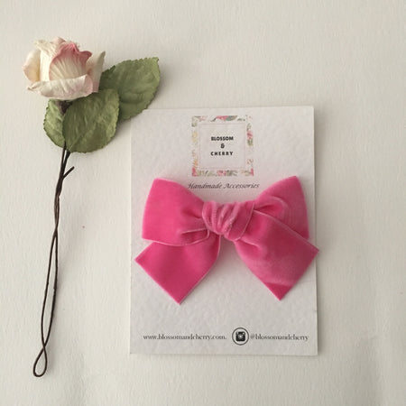 Millie Bow-Genuine leather hair bow || Pink