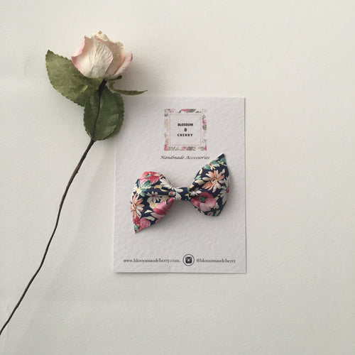 Kate Bow-Genuine leather hair bow || Blue Floral