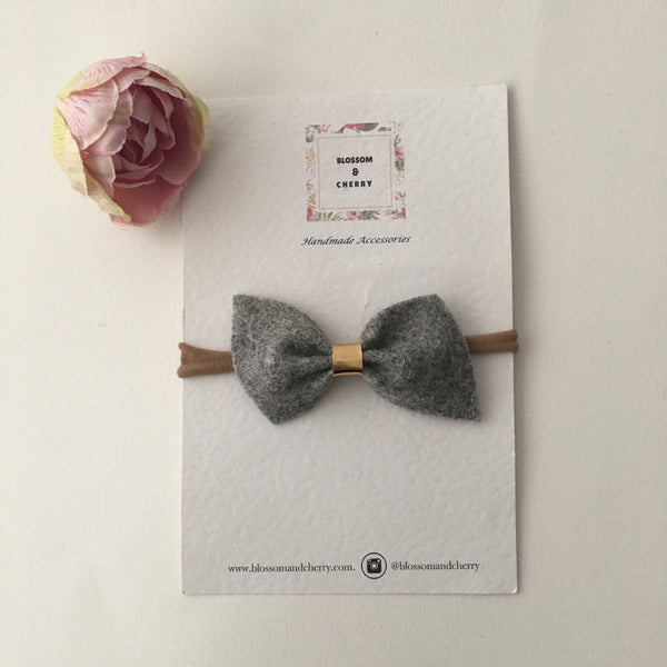 Remi Grey Felt Bow || Headband or Clip