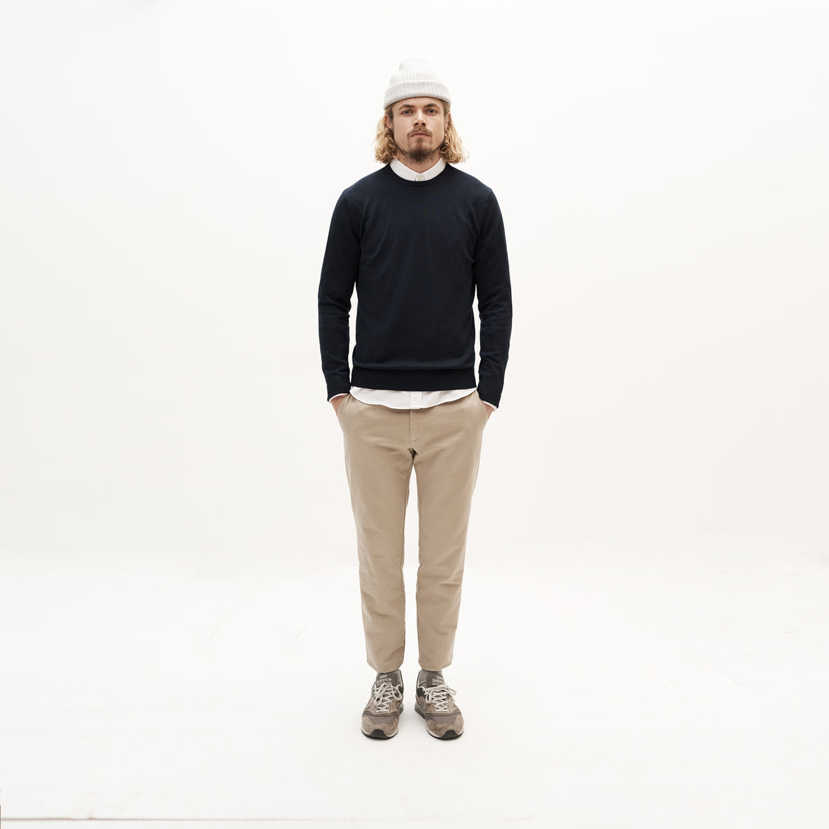 Chino in Khaki made from organic cotton - Front Men - Only Men