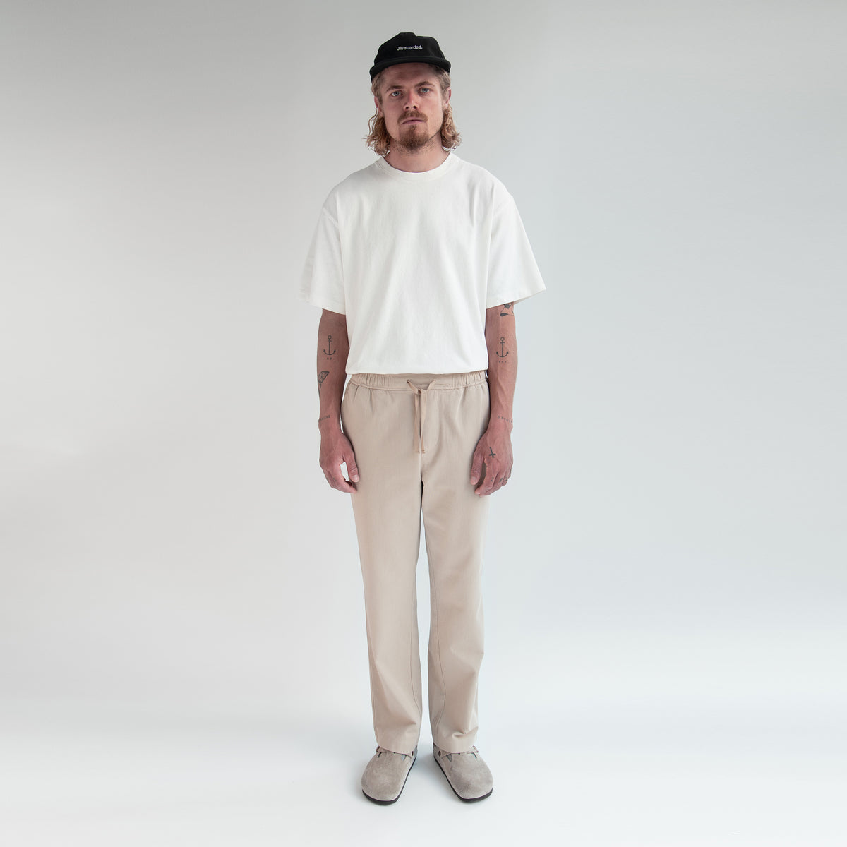 Drawstring Trousers in Khaki made from organic cotton - Front Men