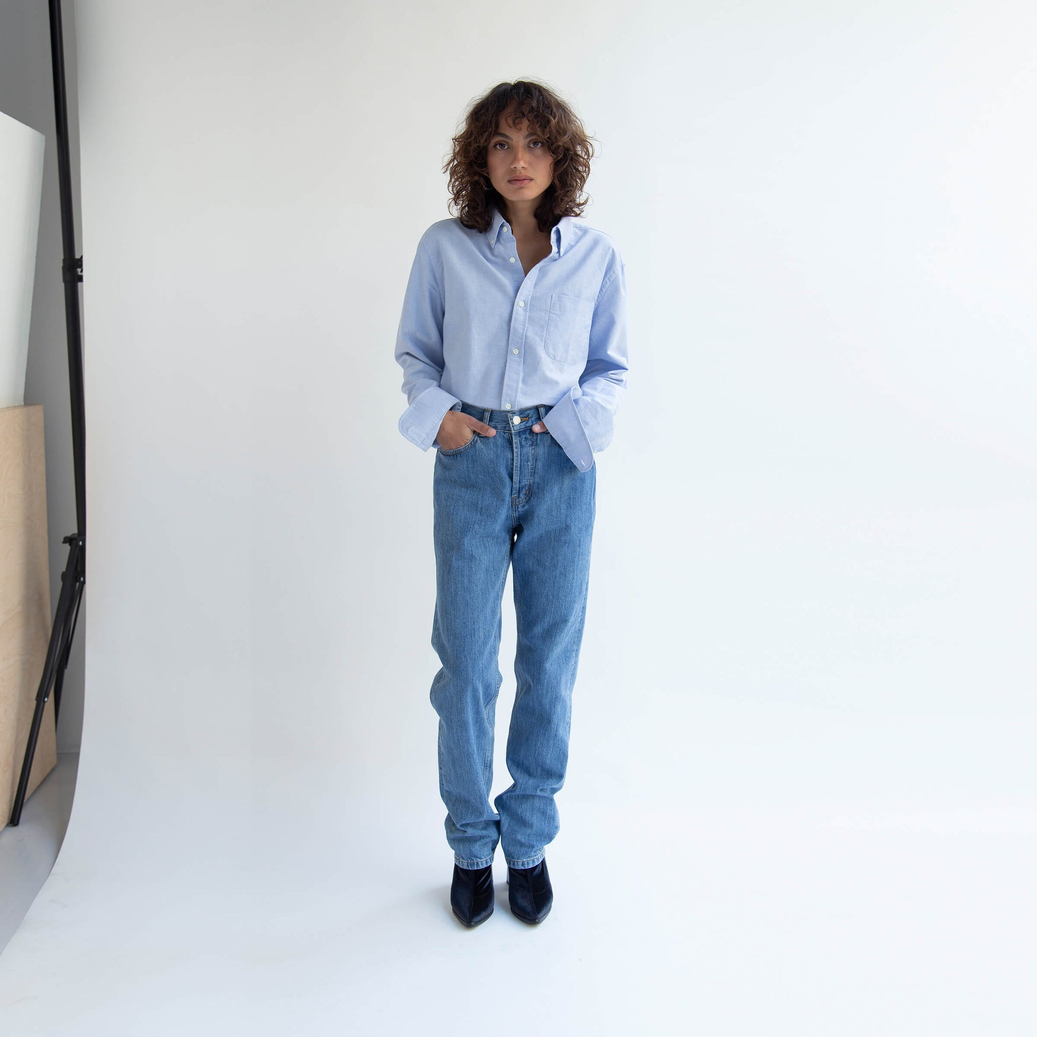 Straight Jeans in Denim made from organic cotton -  Front Women