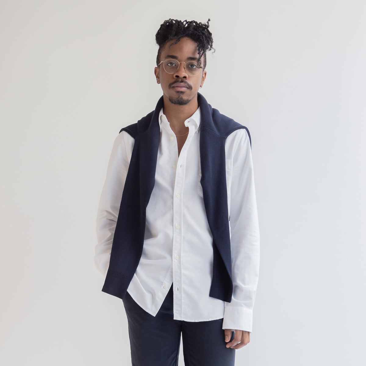 Oxford Shirt in White made from Organic Cotton - Front Men