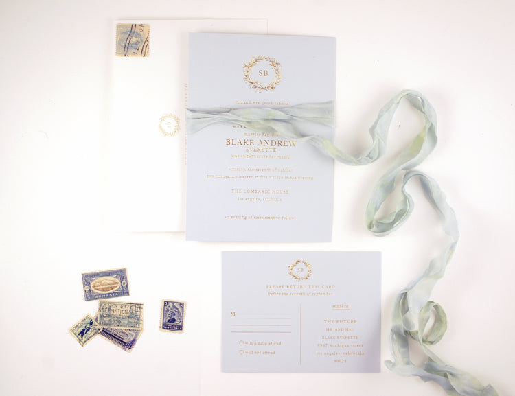 wedding invitation wreath in gold foil