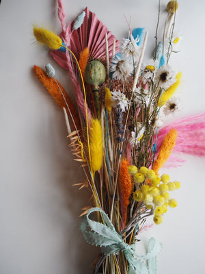 Everlasting Flower Bouquet Hi Cacti dried floral arrangement