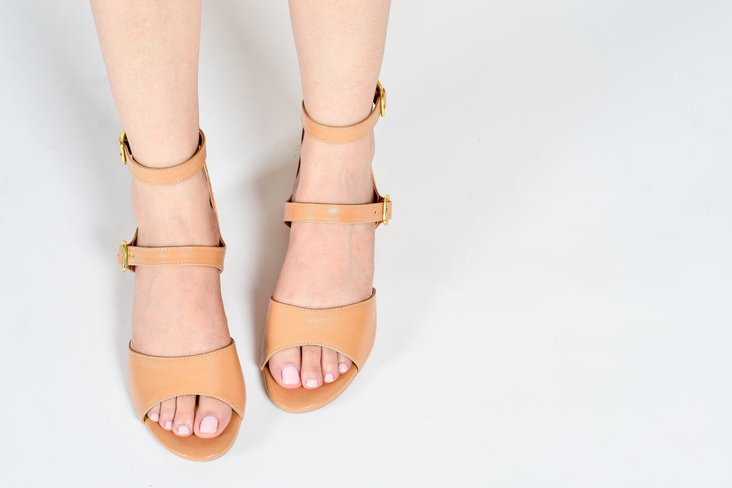 BREA SANDALS IN COFFEE