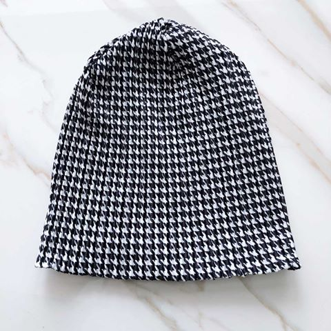 VB Houndstooth Beanie - Black & White
