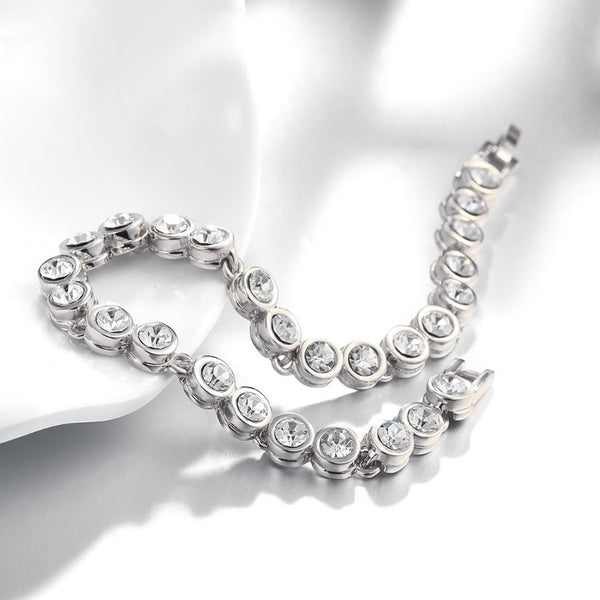 3.00CT TENNIS BRACELET 18K WHITE GOLD PLATED WITH SWAROVSKI CRYSTAL - Golden NYC Jewelry www.goldennycjewelry.com fashion jewelry for women