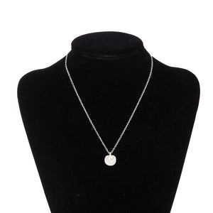 Seashell Pearl Necklace in 18K White Gold Plated