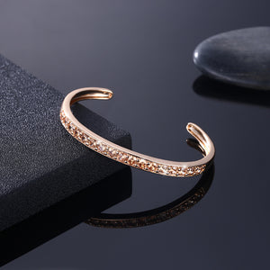 Pav'ed Iced Out Open Bangle in 14K Gold - Gold