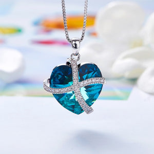 Bermuda Blue Swarovski Sleek Heart Pav'e Lining Necklace in 14K White Gold