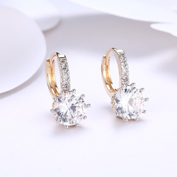 Simulated Damond Star Shaped Princess Cut Leverback Earrings Set in 18K Gold - Golden NYC Jewelry Pandora Jewelry goldennycjewelry.com wholesale jewelry