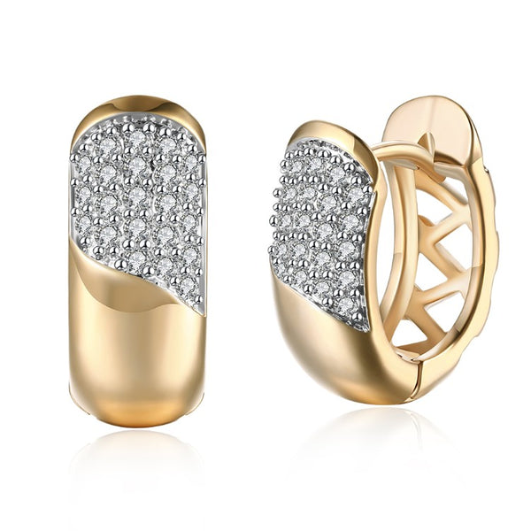 Swarovski Crystal Curved Layering Huggies Set in 18K Gold - Golden NYC Jewelry www.goldennycjewelry.com fashion jewelry for women