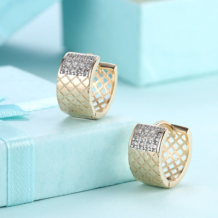 Twelve Stone Swarovski Crystal Criss-Cross Huggies Set in 18K Gold - Golden NYC Jewelry www.goldennycjewelry.com fashion jewelry for women