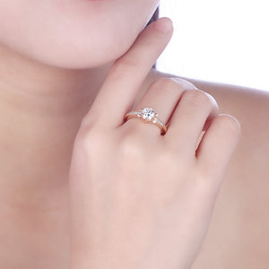 Swarovski Elements Single Solitaire 18K Gold Ring