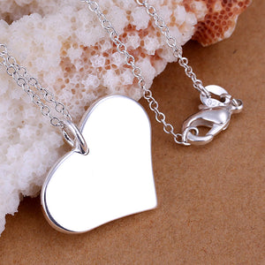 Symetrical Heart Necklace in 18K White Gold Plated