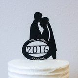 Cake Topper - Couple Silhouette - Personalized Oval