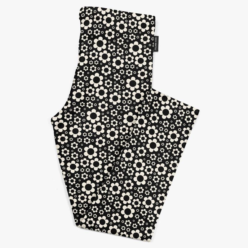 Dashing Daisies Black & White Kids Leggings | Carla Martell