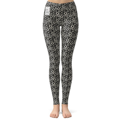 Carla Martell | Dashing Daisies Yoga Leggings
