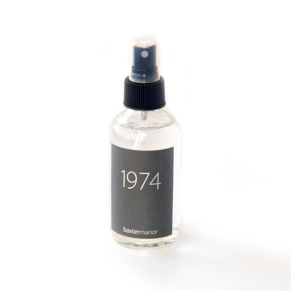 [color] 1974 #OurHistoryCollection Room and Linen Spray by Baxter Manor [variant]