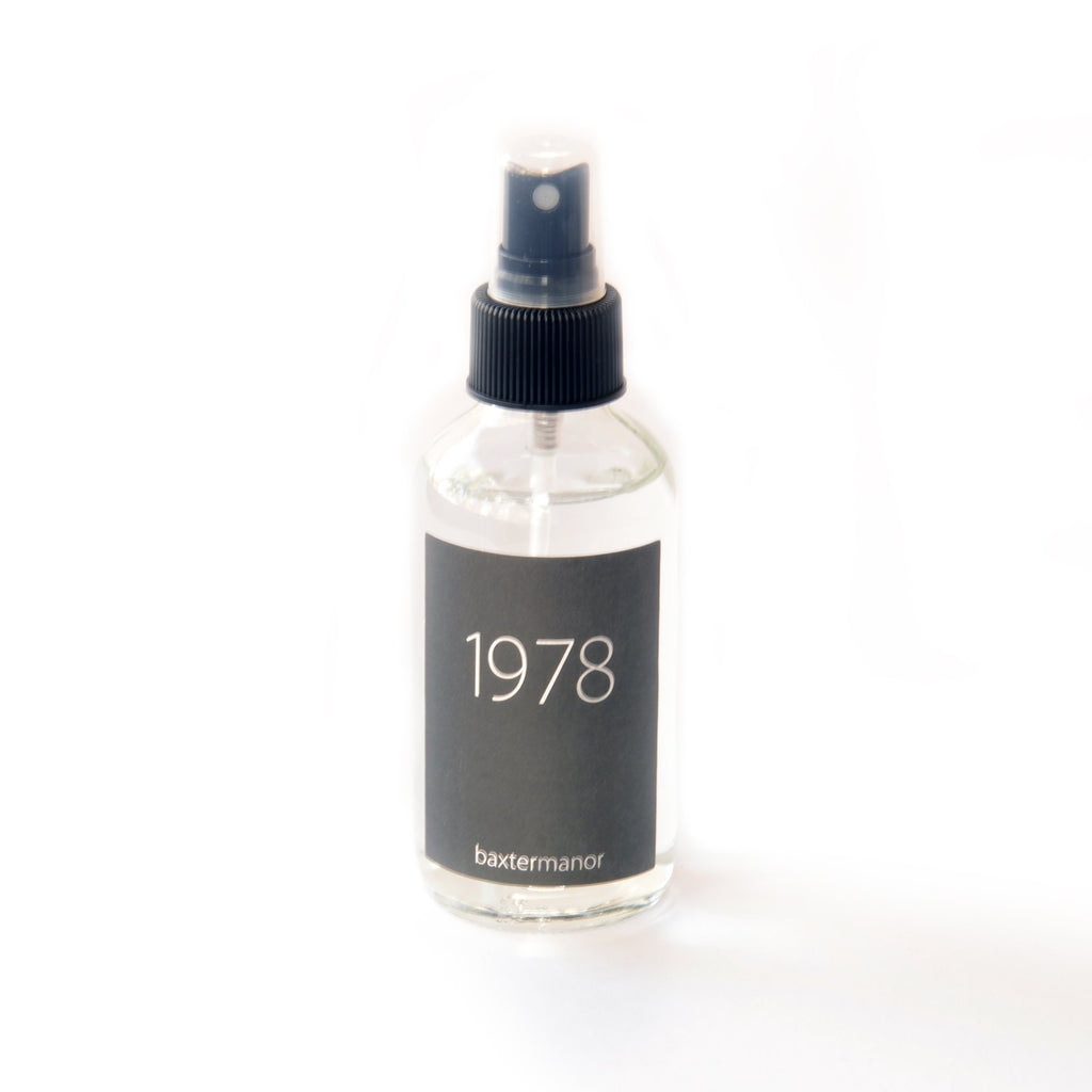[color] 1978 #OurHistoryCollection Room and Linen Spray by Baxter Manor [variant]