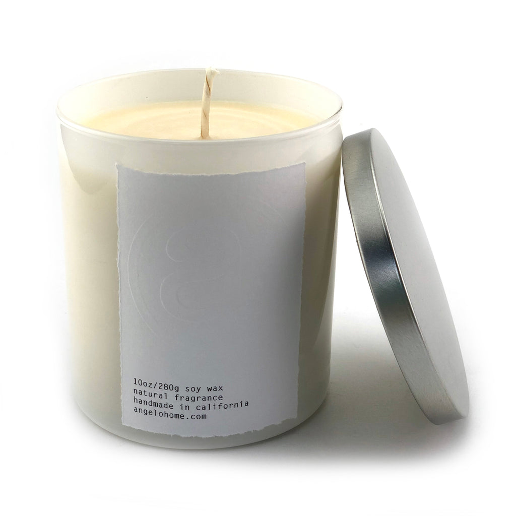 angelo:HOME Gardenia Blooms Scented Candle